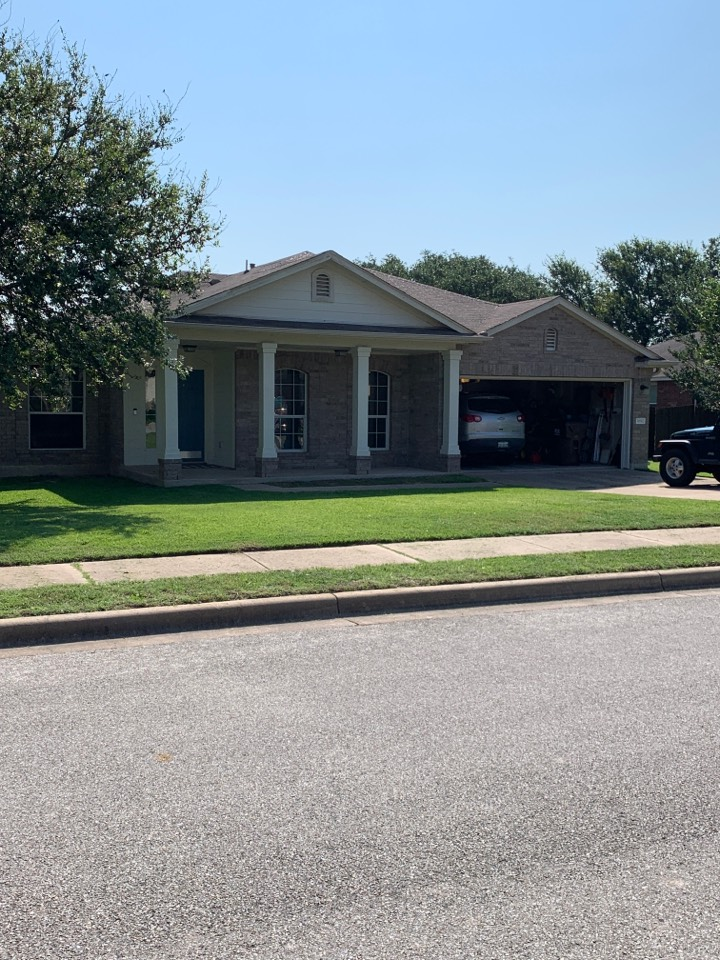 Round Rock, TX - Roof damage inspection for replacement