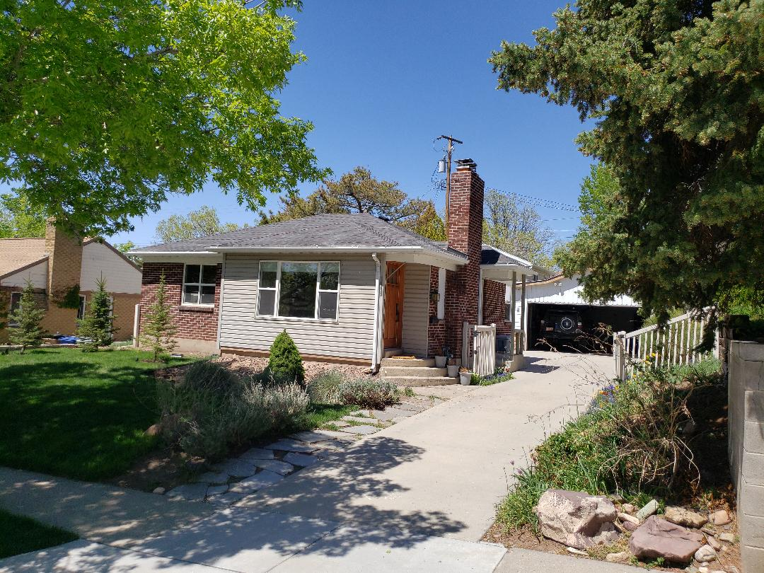 Salt Lake City, UT - Consulting with a prospective  buyer on wiring, meter, and roof.