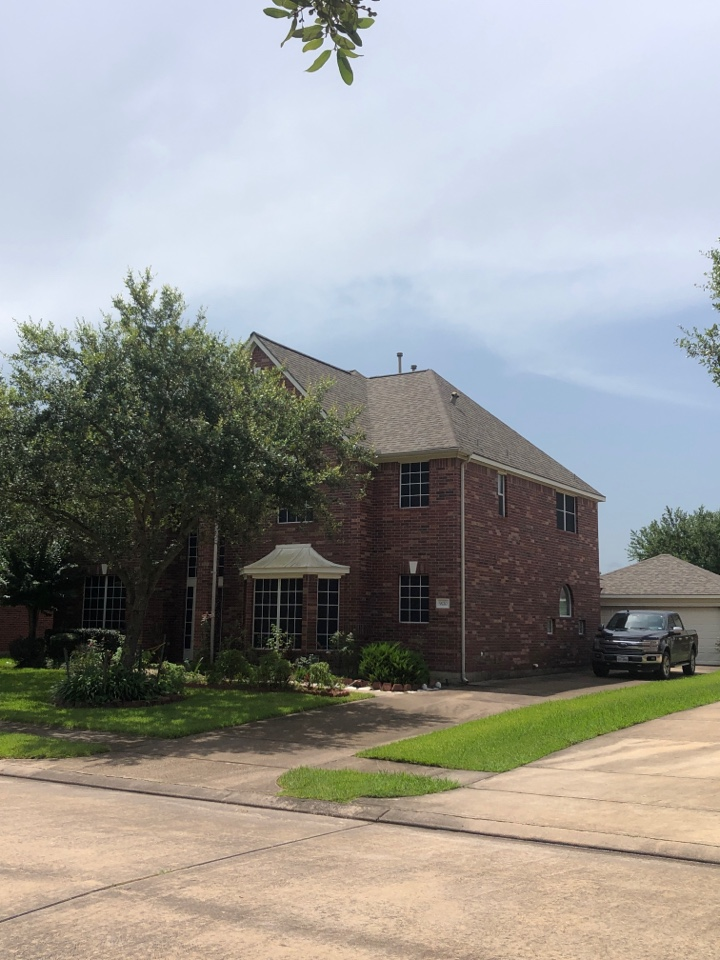 Pearland, TX - Re roofing. Lifetime warranty on shingles. New flashings, Ridge vents, synthetic felt, ice and water shield etc…