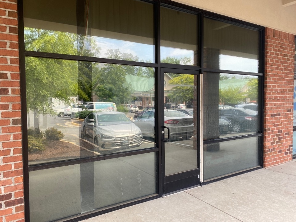 Stafford, VA - Site assessment for DefenseLite Pro. This gun shop is in need of protection from break in's.