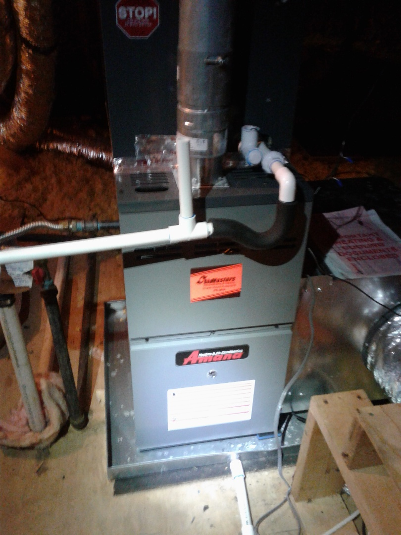 Oakland, TN - Service call in warranty repair on Amana furnace