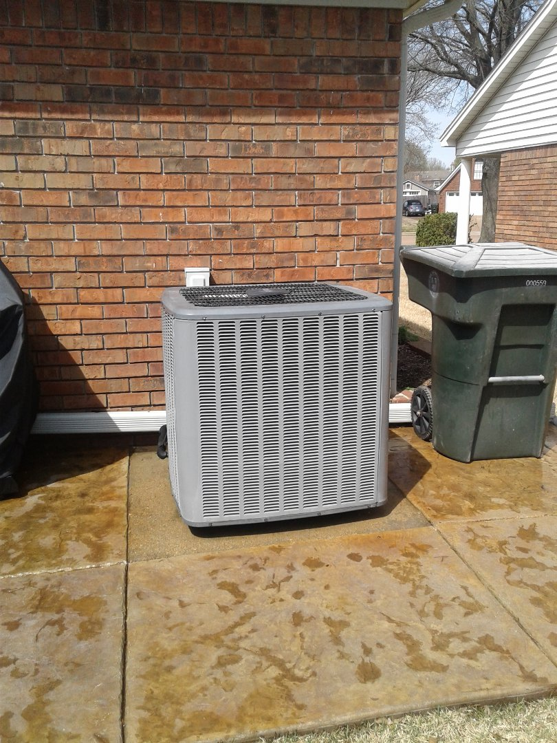 Bartlett, TN - Air conditioning tune-up on Amana air conditioner