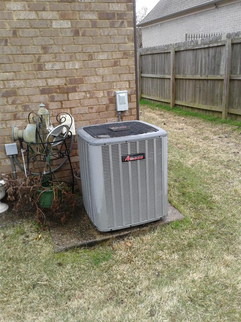 Lakeland, TN - Tune-up on a Amana and Trane air conditioning systems