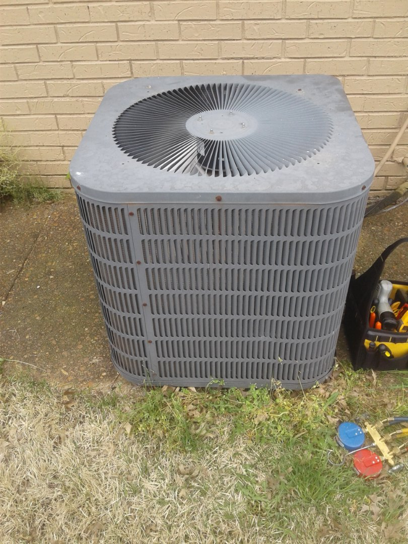 Collierville, TN - a.c. repair on Goodman air conditioner