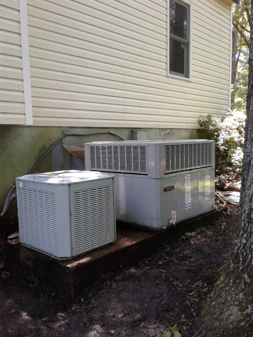 Hickory Withe, TN - Tune-up and repairs on Trane air conditioning systems