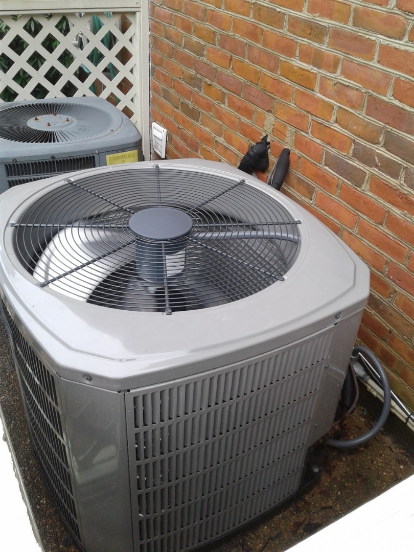Germantown, TN - Check and services on ac system.