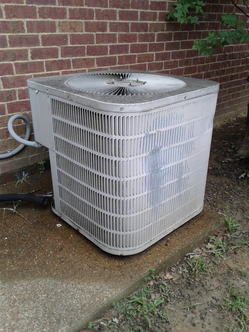 Lakeland, TN - Service call on Goodman air conditioner