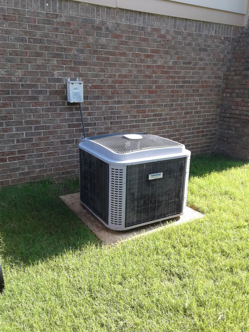 Collierville, TN - Service and repair on ac system.