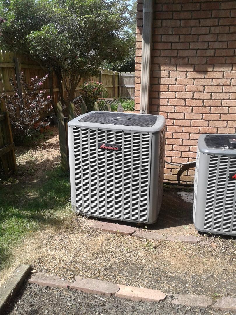 Collierville, TN - Warranty repair on Amana air conditioner