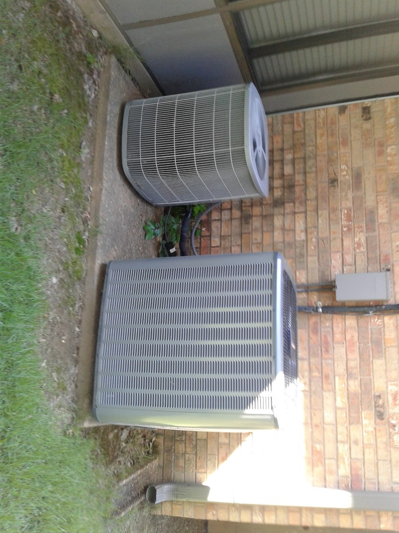 Germantown, TN - Service call on Amana Carrier Air Conditioners