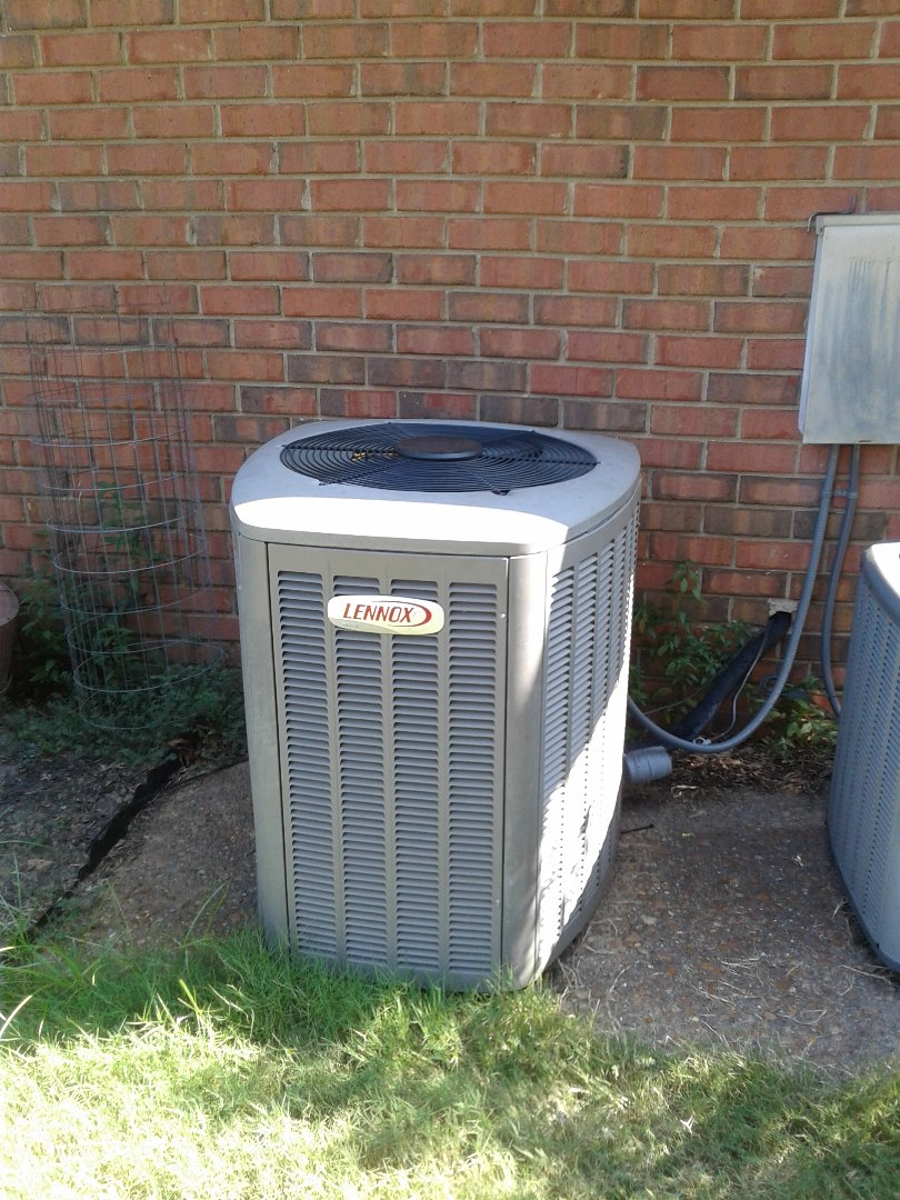 Bartlett, TN - Service call and Repair on Lennox air conditioner