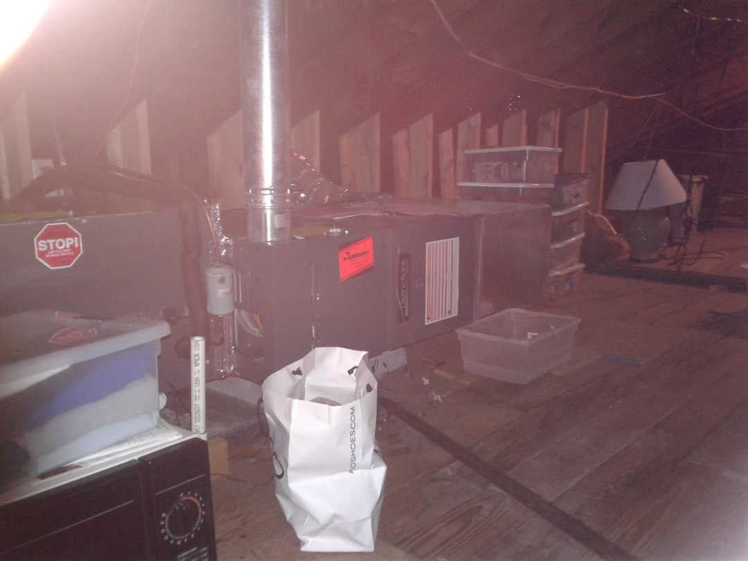 Germantown, TN - Maitiance and inspection on Amana furnace.