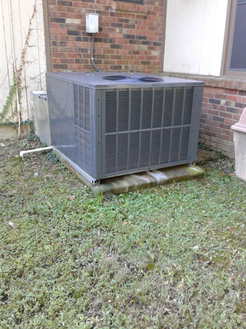 Memphis, TN - Heat tune-up on Amana and American standard heating systems