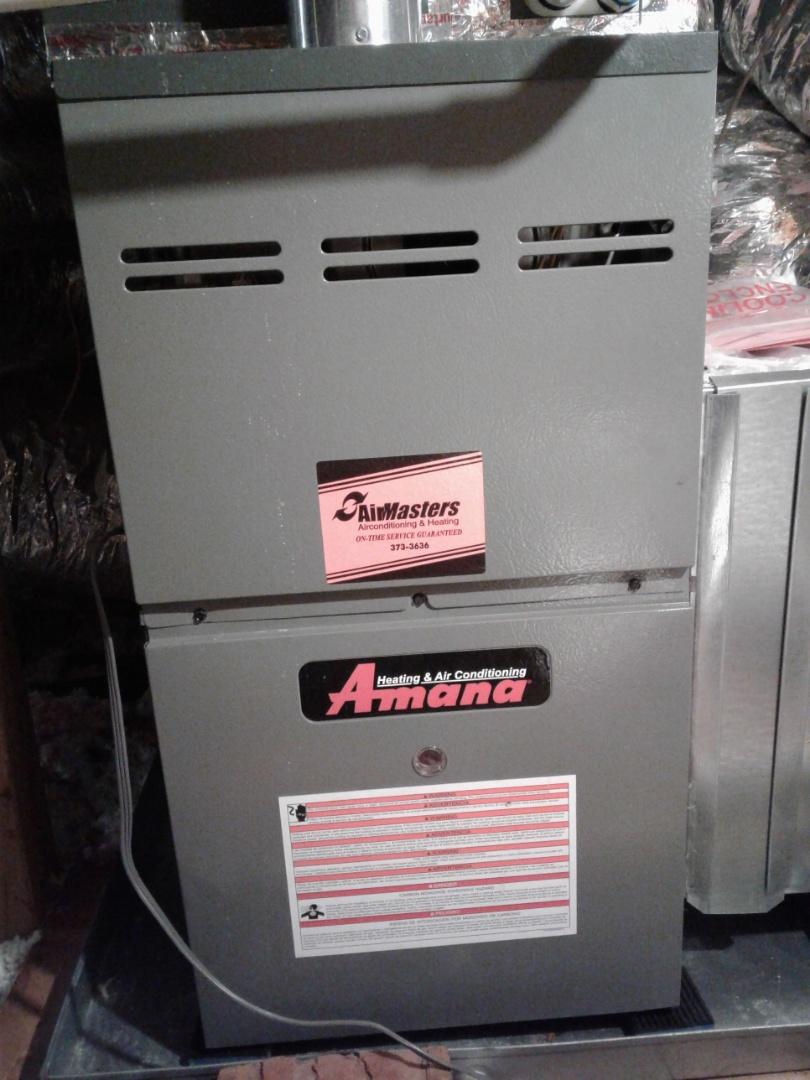 Arlington, TN - Service and inspection on an Amana furnace