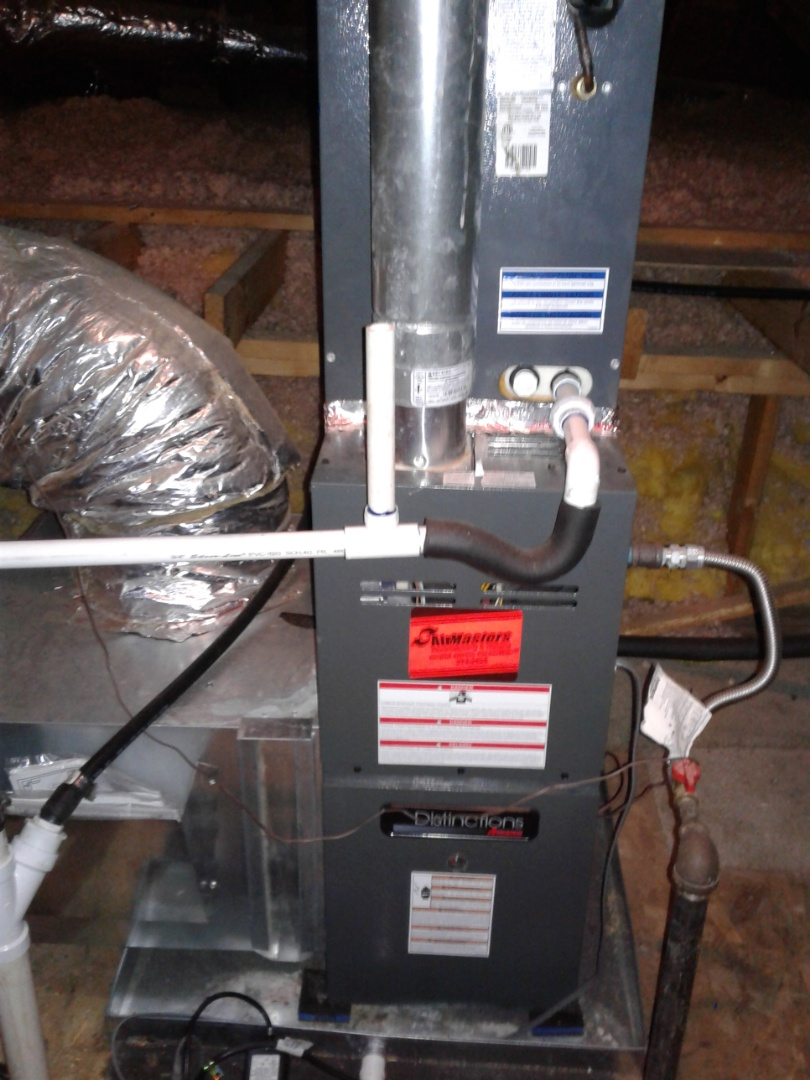 Collierville, TN - Check and services on an Amana furnace.