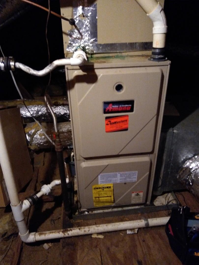 Arlington, TN - Tune up on Amana furnace