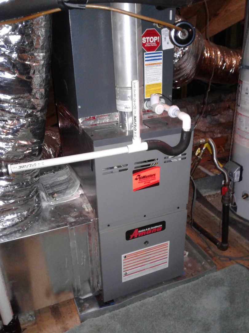 Germantown, TN - Tune up and inspection on an Amana furnace.