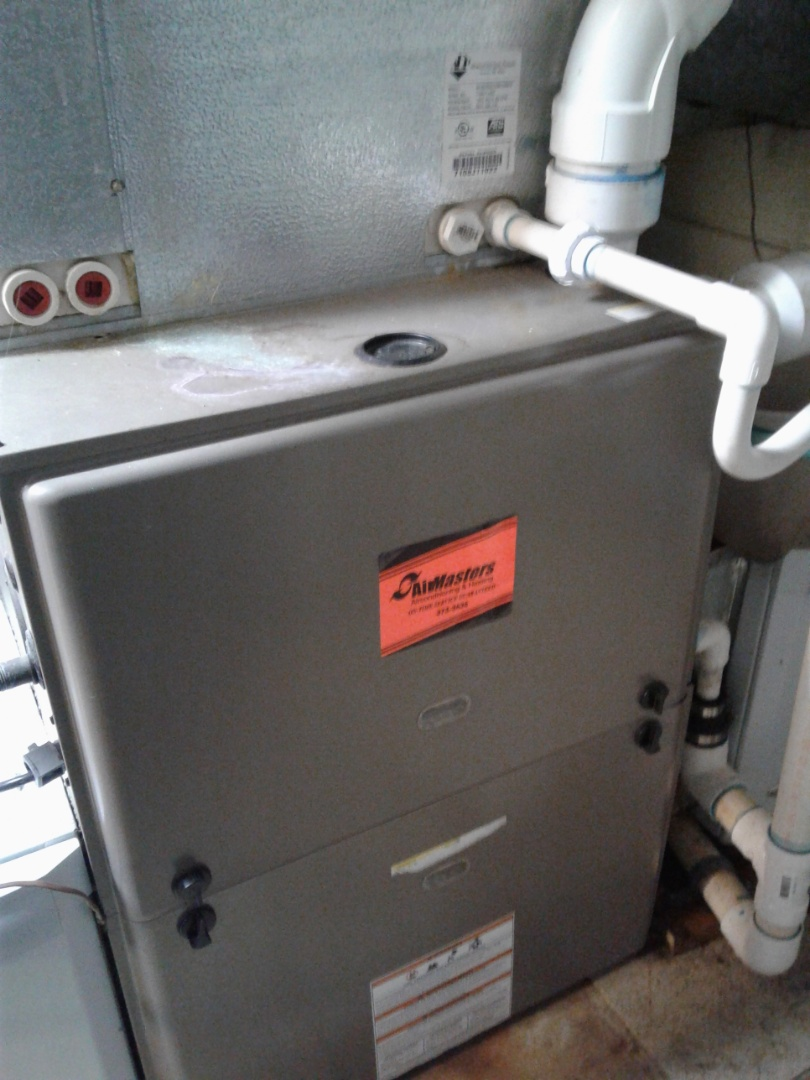 Arlington, TN - Tune up and inspection on a Coleman furnace.
