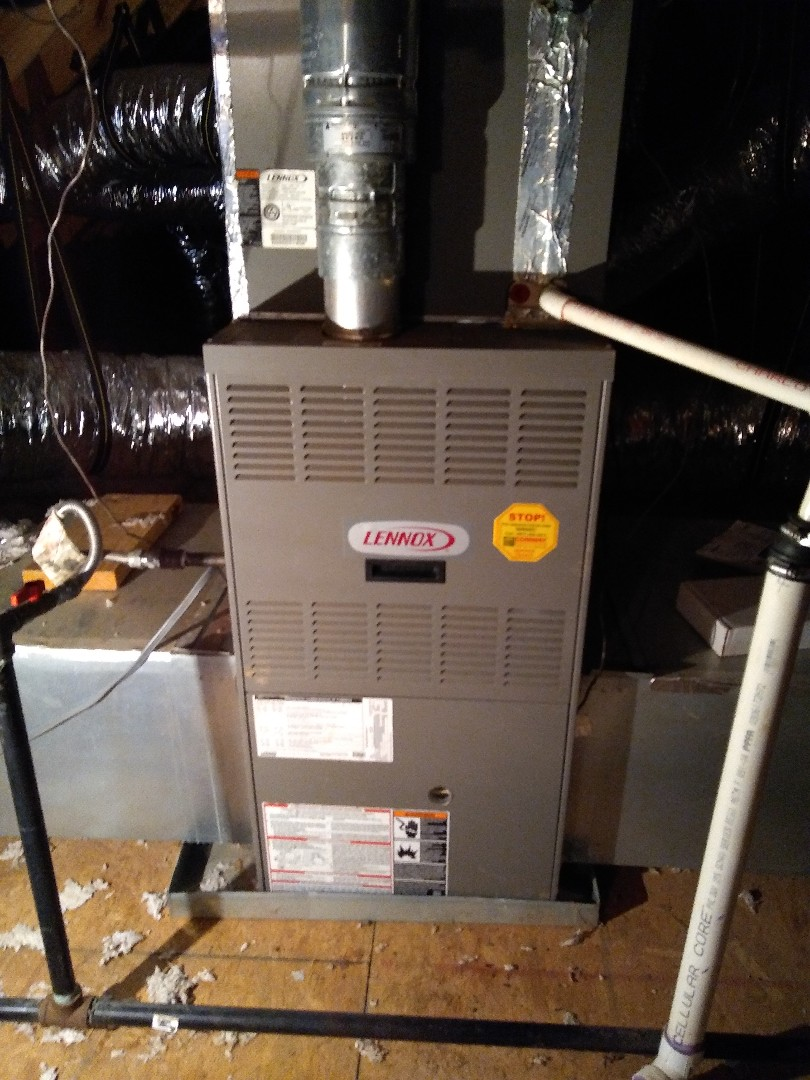Oakland, TN - Service call on Lennox furnace and zone control