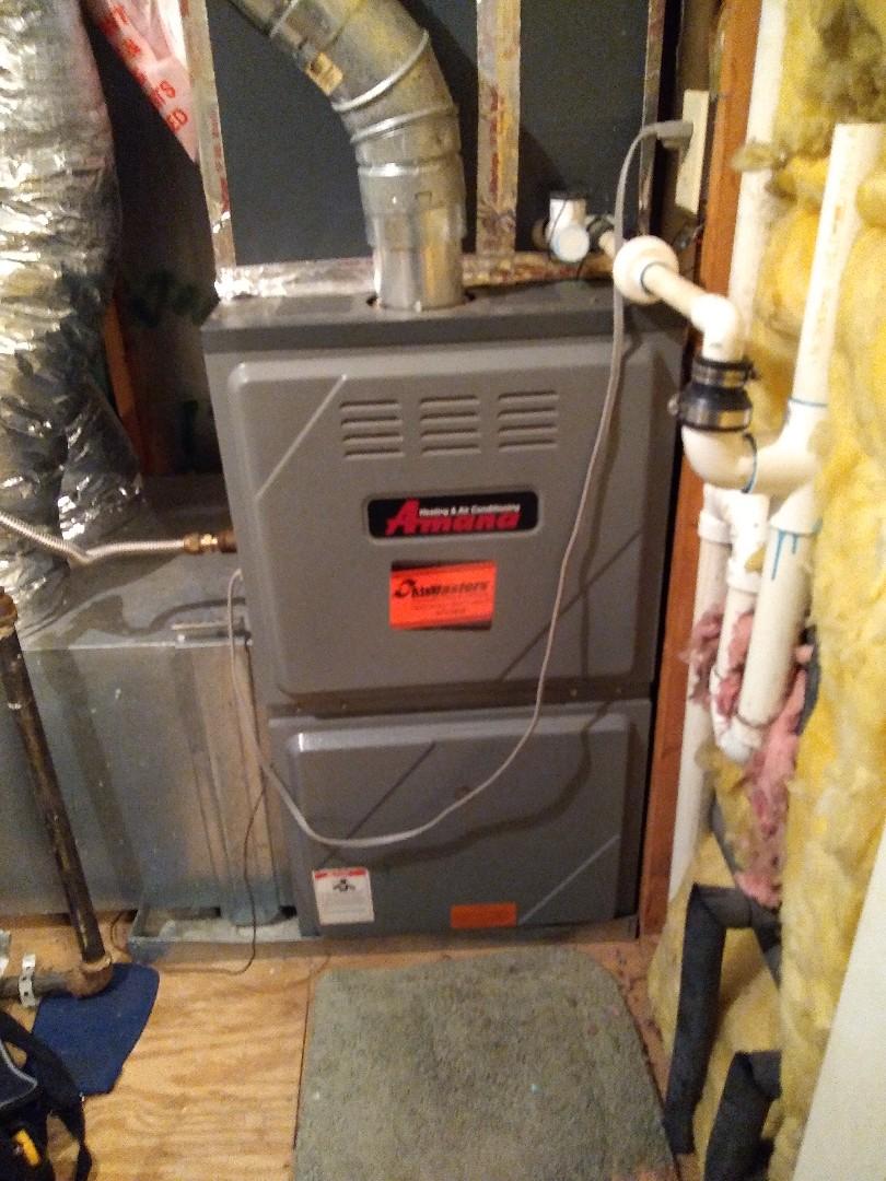 Bartlett, TN - Tune up on Amana furnace