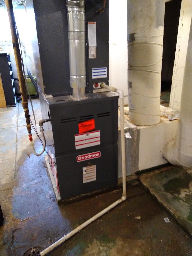 Germantown, TN - Service call on Goodman furnace