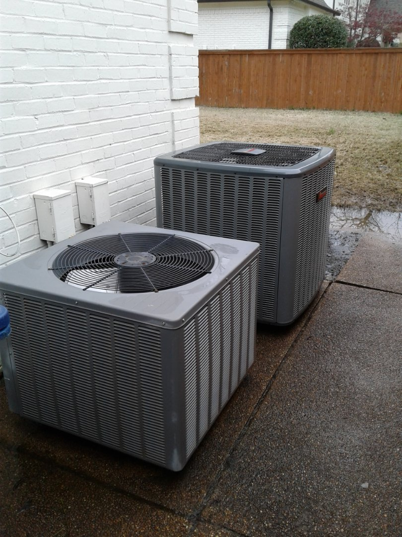 Germantown, TN - Ac tune up and safety inspection on an Amana and Rudd condensers.