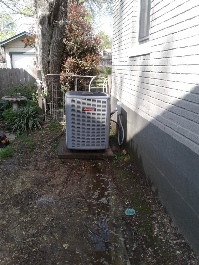 Memphis, TN - Tune up and inspection on an Amana ac system.