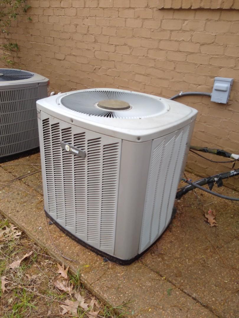 Lakeland, TN - Service call on Trane air conditioner