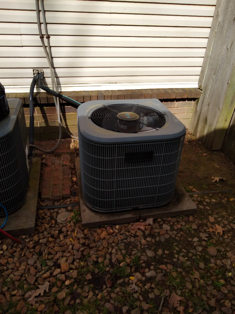 Memphis, TN - Service call and repair on Amana ac system
