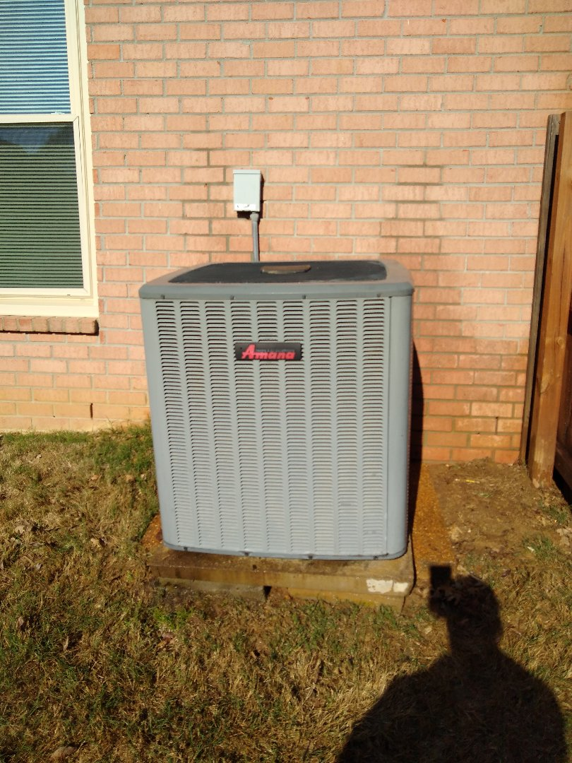 Germantown, TN - Leak search and tuna on Amana air conditioner