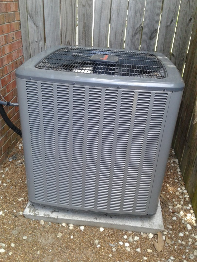 Tune up and inspection on an Amana ac system.