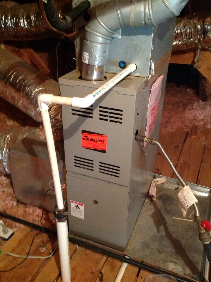 Oakland, TN - Heating service call and repair on Goodman furnace.