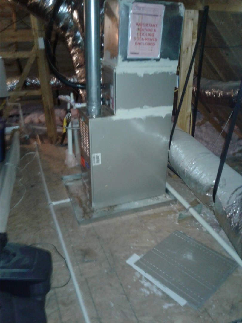 Oakland, TN - HEAT TUNE UP ON TWO CARRIER FURNACES, UNDER MEMBERSHIP.