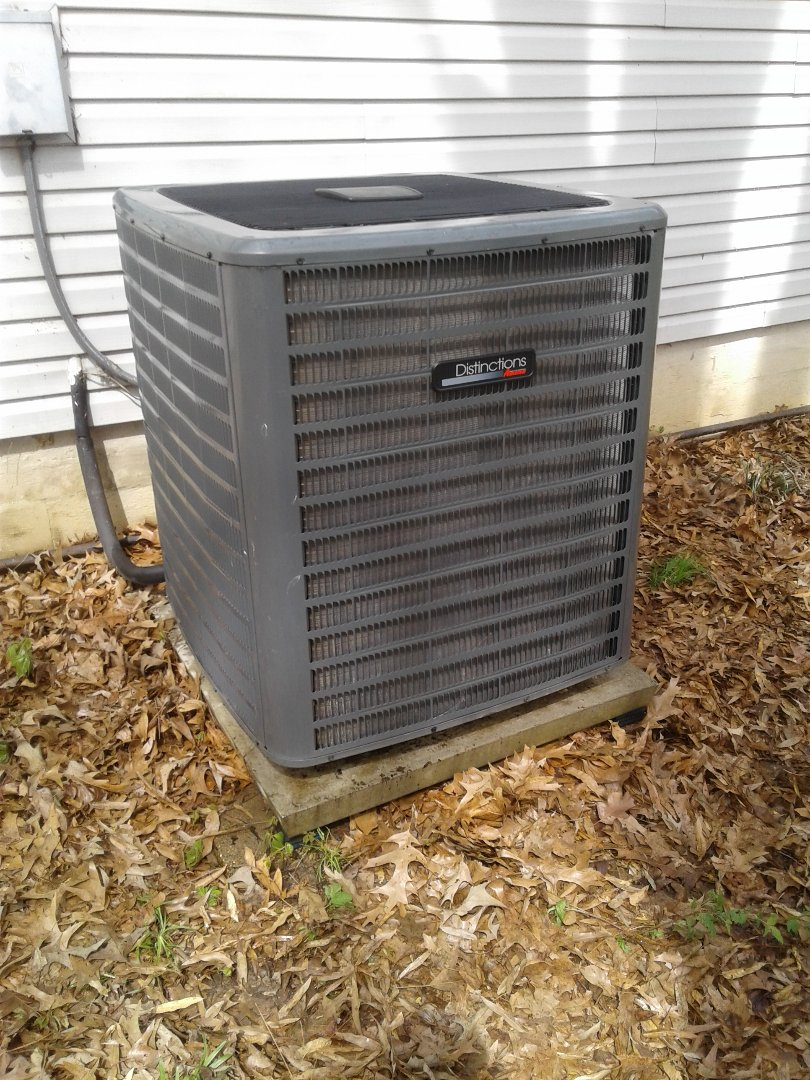 Millington, TN - AC TUNE UP ON AMANA SYSTEM, UNDER MEMBERSHIP.