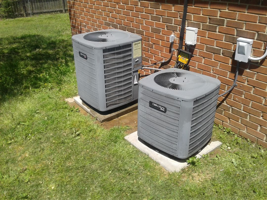 Atoka, TN - AC TUNE UP ON TWO AMANA SYSTEMS, UNDER MEMBERSHIP.