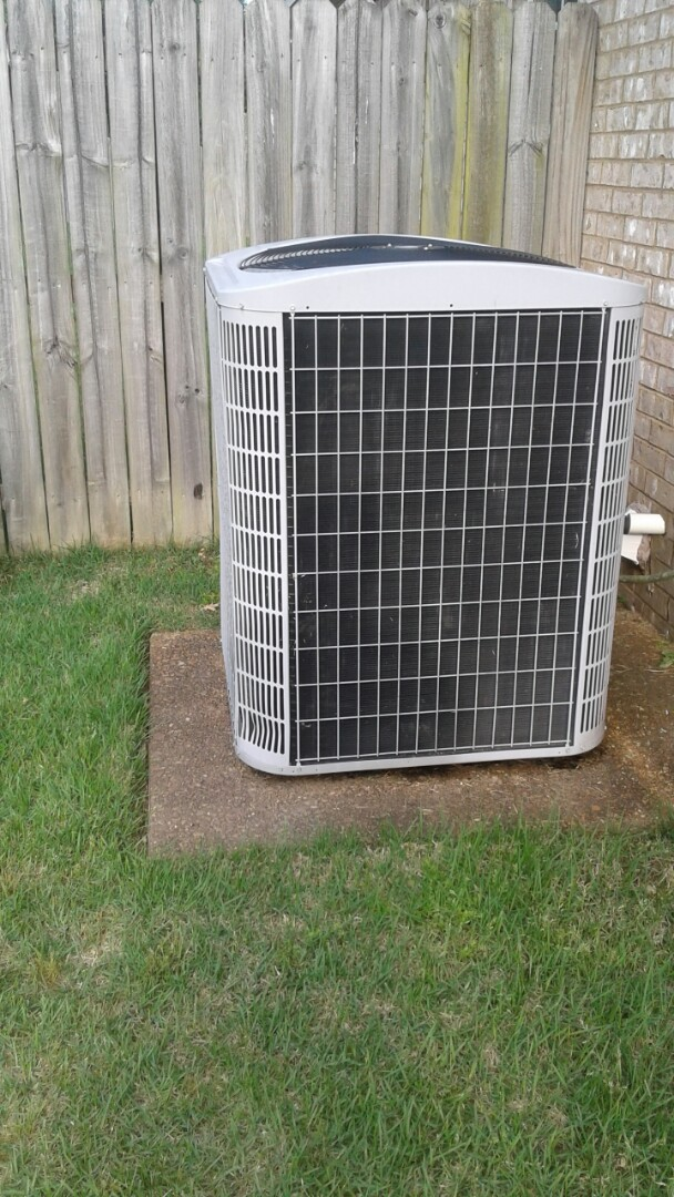 Oakland, TN - Service and repair on condenser