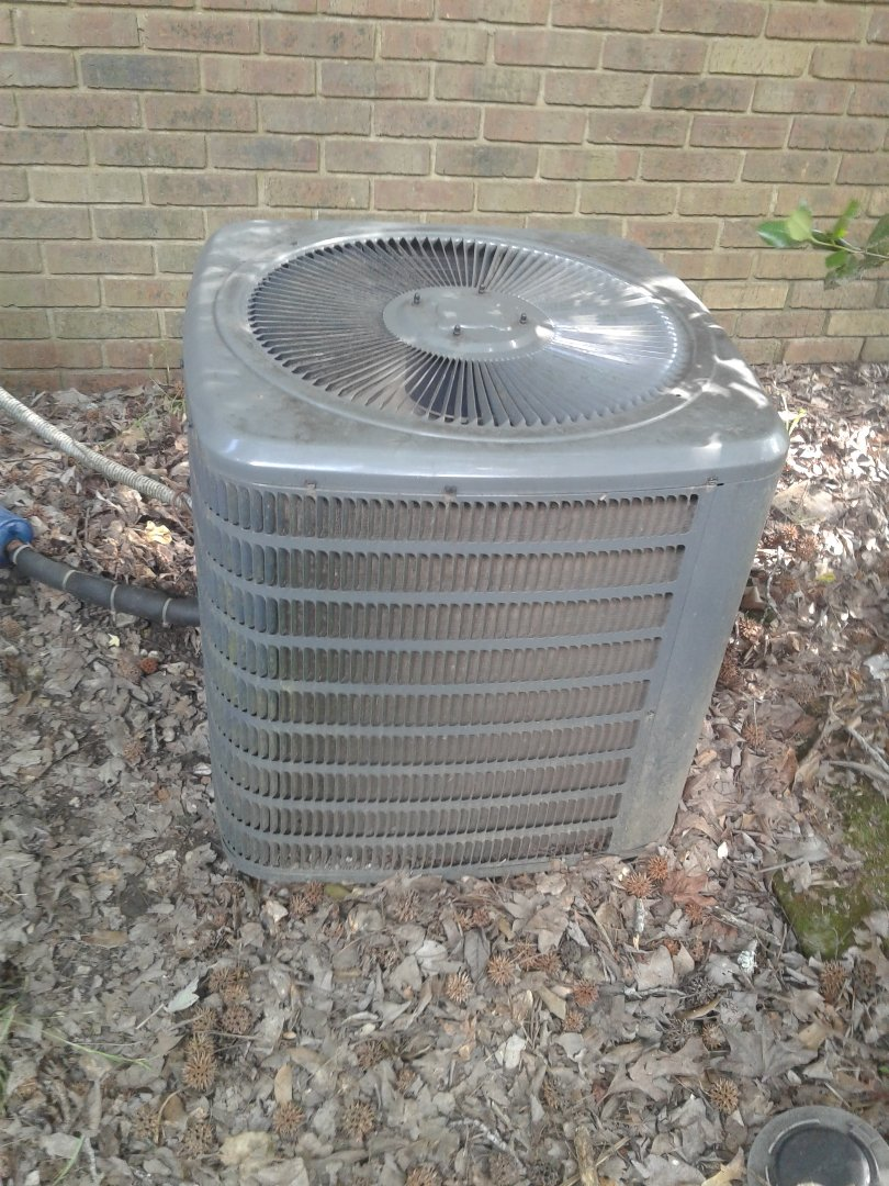 Germantown, TN - Service call on Goodman air conditioner