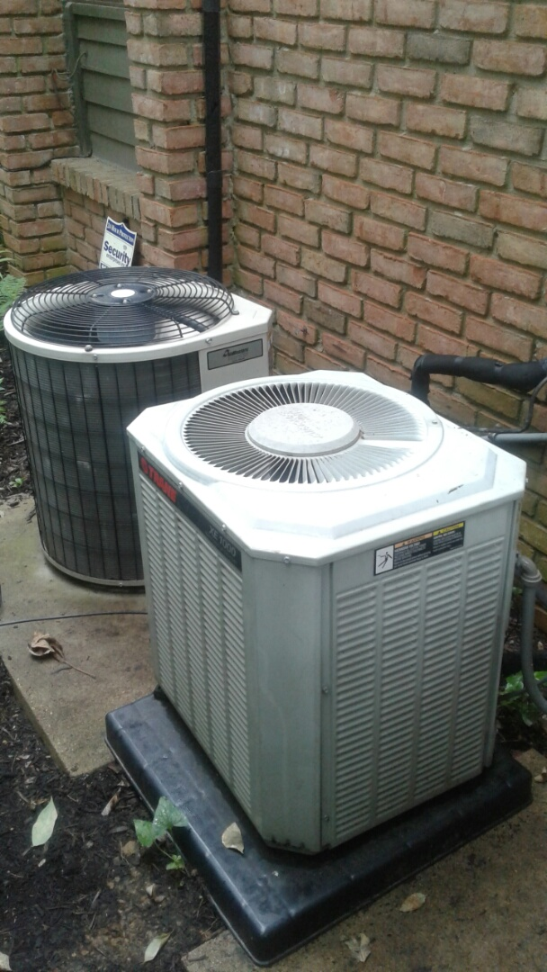 Memphis, TN - Set up replacement of condenser.