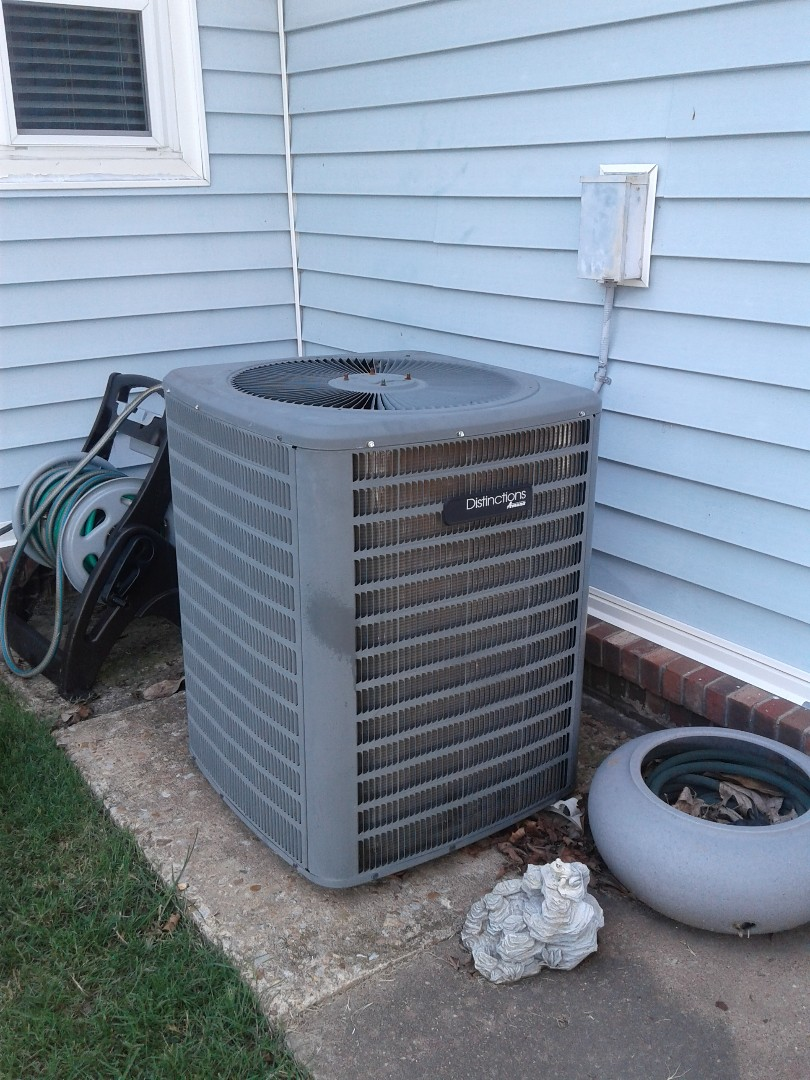 Atoka, TN - Service call on Amana air conditioner