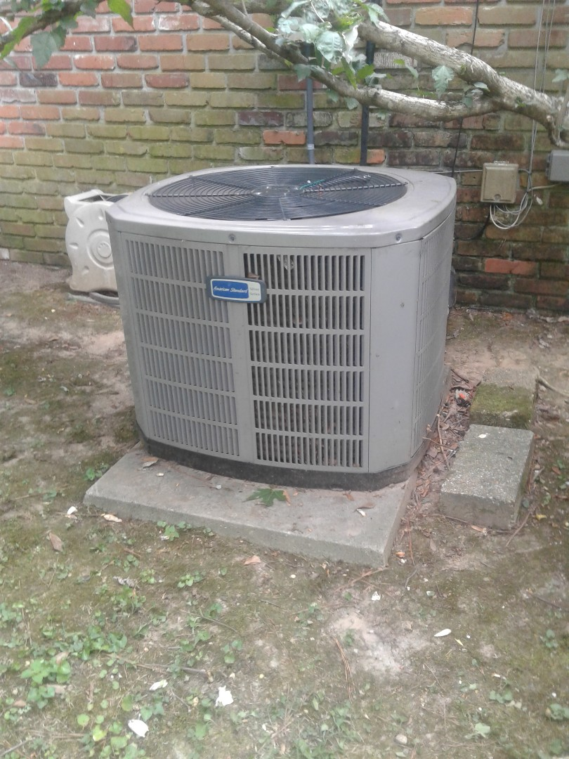 Memphis, TN - Service call in warranty repair on American Standard air conditioner