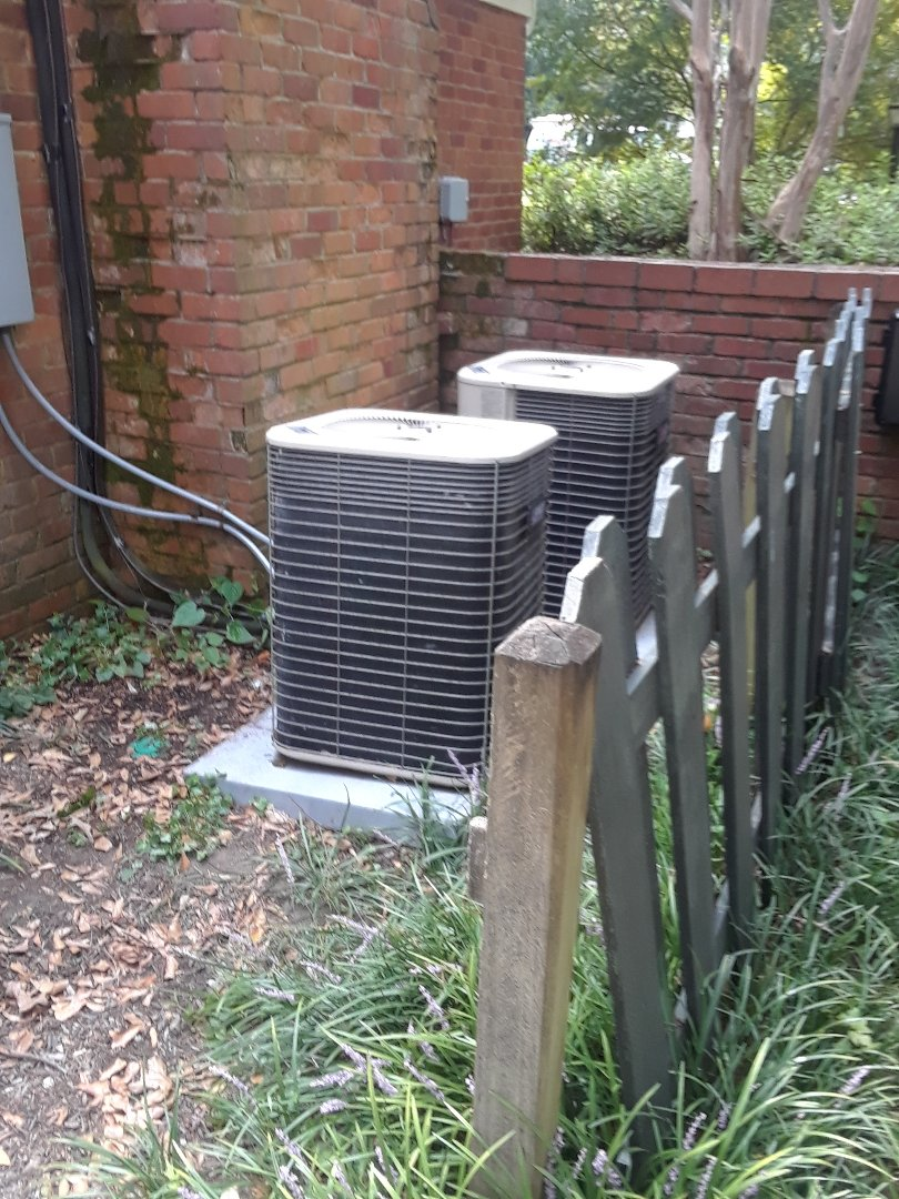Memphis, TN - AC TUNE UP ON TWO LENNOX SYSTEMS, UNDER MEMBERSHIP.