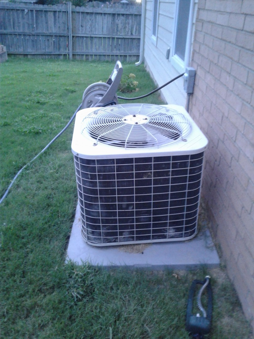 Memphis, TN - Check and service on ac system