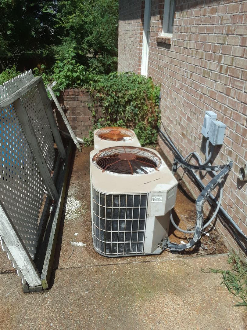 Arlington, TN - AC TUNE UP ON TWO YORK SYSTEMS AND ONE AMANA SYSTEM, UNDER MEMBERSHIP.