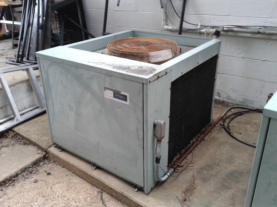 Memphis, TN - Service call on Carrier three phase commercial AC system