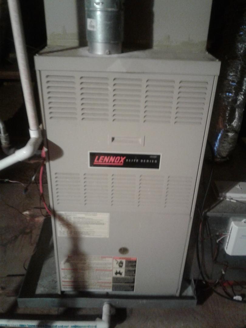 Memphis, TN - Service call on Lennox furnace