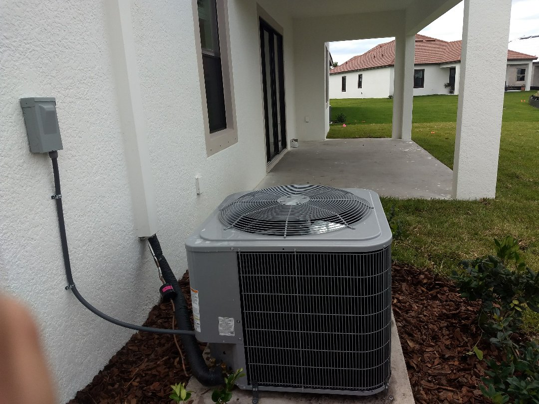 Wimauma, FL - Finished installing carrier air conditioning unit.