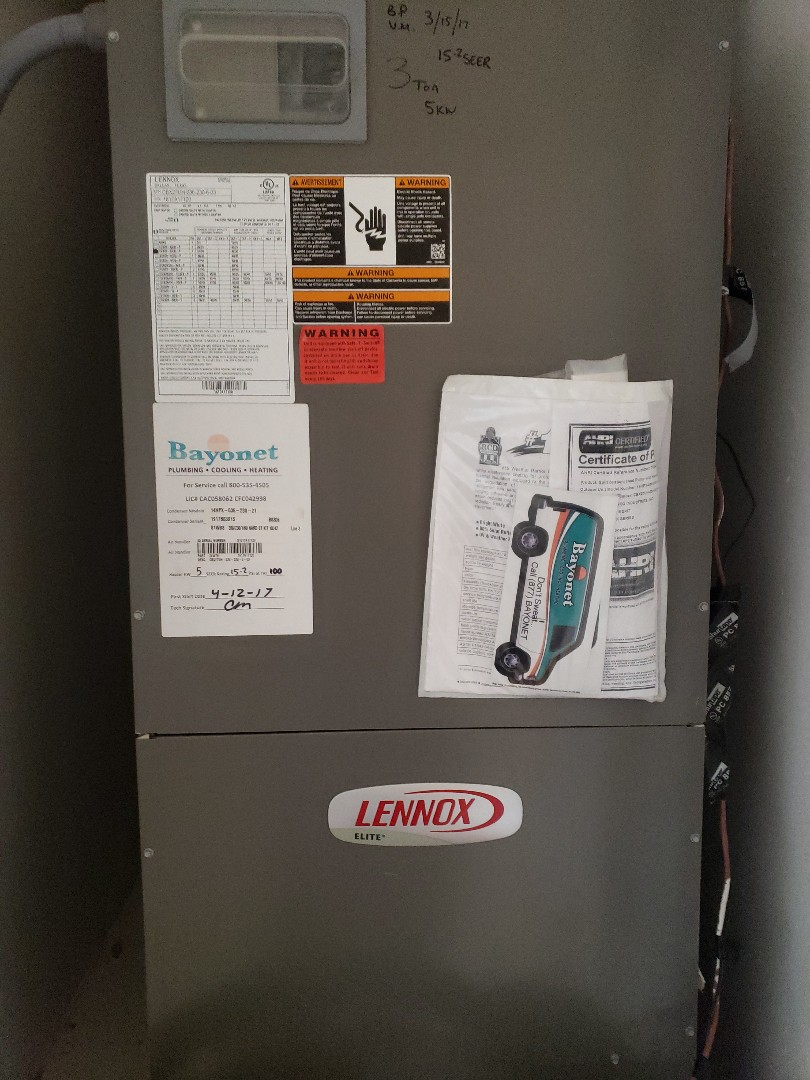 Performed tune up on a LENNOX HEAT PUMP SYSTEM