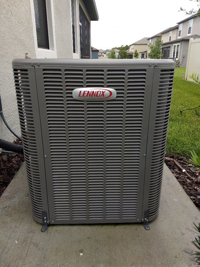 Wesley Chapel, FL - Lennox A/C system Tune-up and maintenance.