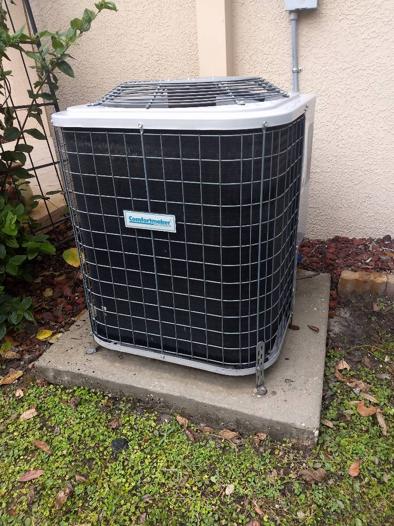 Safety Harbor, FL - Maintenance and tune up a residential Heat/AC system.