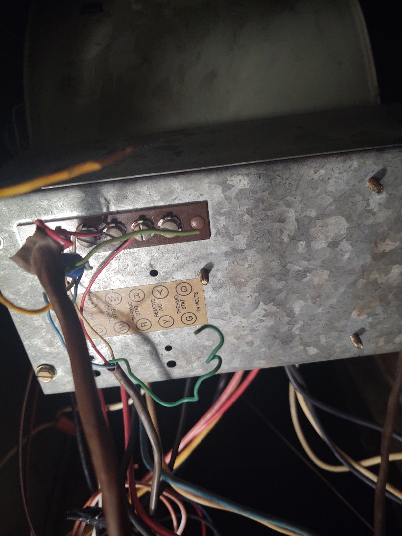Port Richey, FL - Repaired low voltage short on air conditioning system